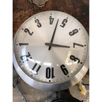 Reloj De Pared Diseño Novedoso