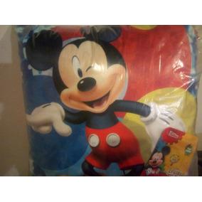 Cojin Decorativo Providencia Disney Mickey De 45 X 45 Cms