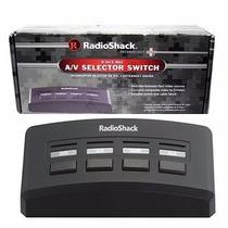 Radioshack 4-way Selector De Audio / Video Interruptor 15-31