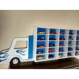 Repisa Infantil Para Habitación De Varón. Camión Pintado