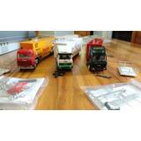 Conjunto Com 3 Miniaturas De Carretas 1 Scania E 2 Iveco