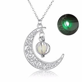 Collar De Amuleto De Luna Que Brilla En La Oscuridad Verde