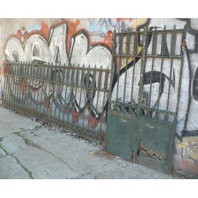 Antiguo Frente De Rejas Remachado Y Forjado Con Porton 5400