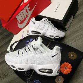 66858c10b29 Nike 7 Camara Mujer - Tenis Nike para Mujer en Mercado Libre Colombia