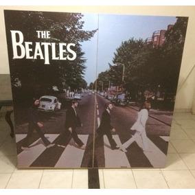 Mampara Biombo Personalizado Torre Beatles Estadio