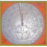 Reloj De Sol Romano Con Horóscopo