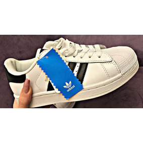 Nike Air Force adidas Superstar