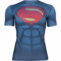 Remera Under Armour Alter Ego Superman © D C Comics