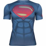 Remera Under Armour Alter Ego Superman © D C Comics