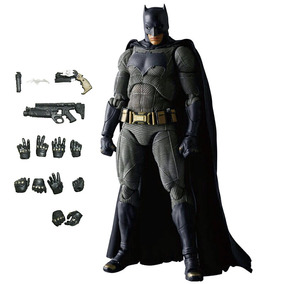 Batman Vs Superman Mafex 017 Pvc 16cm Action Figure