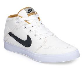 Botitas Nike Suketo