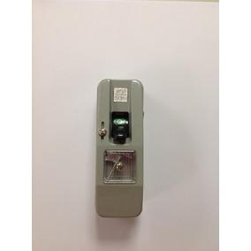 Interruptor Unipolar Con Fusible 26a Superficial