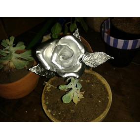 Rosas En Porcelana Fría Doradas Y/o Plateadas