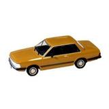 Miniatura Ford Delrey Ouro (1982) Ixo Escala 1:43