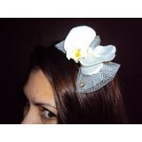 Tiara Com Flor Orquídea Branca Laço Strass Daminha Florista