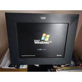 Computador Con Lcd Y Mobiliario