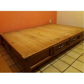 Base matrimonial en madera con cajones usada usado en for Base de madera para cama matrimonial con cajones