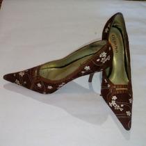 Bellos Tacones Zapatos Floreados Talla 8 1/2