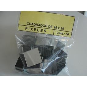 Pixeles, Cuadraditos De 25 X 25 En Espejo Para Mosaiquismo