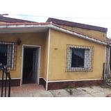 Casa De 1 Dormitorio, Cocina-living Comedor Con Estufa