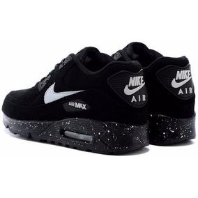 af6c6b2b698 A Última Mulher Em Sua Running Nike Air Max - Nike Air Max para ...