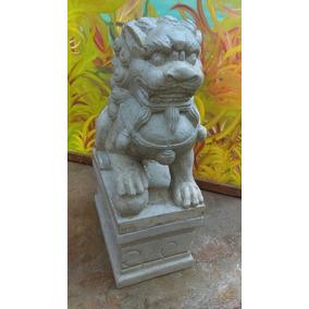 Escultura De Leon Chino Con Pedestal