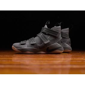 Nike Sportswear Lebron Soldier (importadas Consultar Stock)