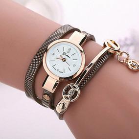 Relógio Bracelete Com Pulceira Em Couro E Aço Inoxidável Fem