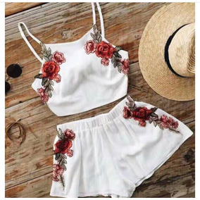 Conjunto Crop Top Short O Falda Con Flores Bordadas Dama