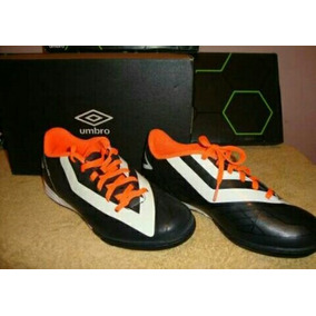 8c0f8f52f5712 Zapatos Umbro Speciali S5 Futsal - Zapatos Deportivos en Mercado ...
