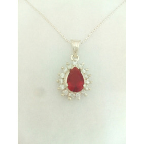 Elegante Dije De Zafiro Rojo Con Cristales En Plata Ley 925