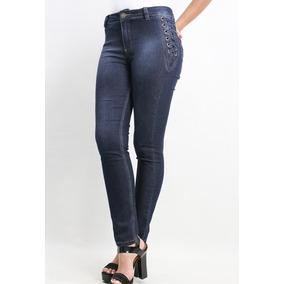 Calça Skinny Jeans Detalhe De Ilhós Na Lateral Revanche