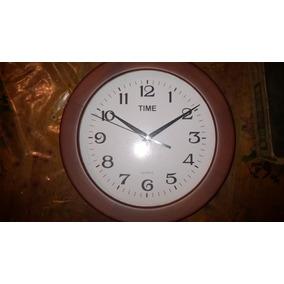 Reloj De Pared En Madera Nuevo