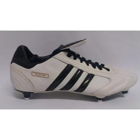 Chuteira Adidas F30 Antiga Adultos Tocantins - Chuteiras bf3eb21ddfc69