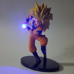 Action Figure Goku Ssj3 Kamehameha Luz Led