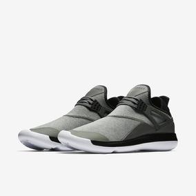 Tenis Nike Jordan Fly 89