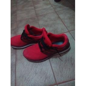 Zapatillas Rojas Usada