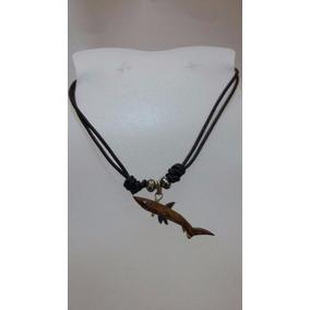 Collar Gargantilla Con Dije Tiburón De Coral Unisex