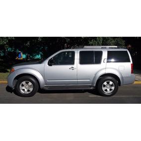 Nissan Pathfinder Se Tela P/arrastre Premium 4x2 Mt