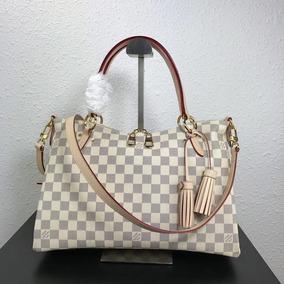 f1d9d9f38 Bolsa Louis Vuitton Alma Canvas - Bolsas no Mercado Livre Brasil