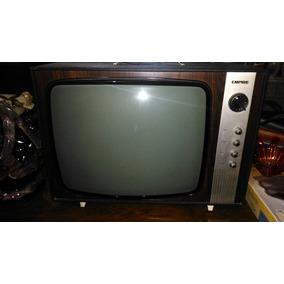 Antiga Televisão Preta E Branca Empire