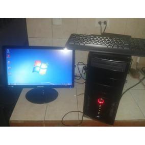 Computadora Con Monitor Lcd Operativa Lista Para Utilizar