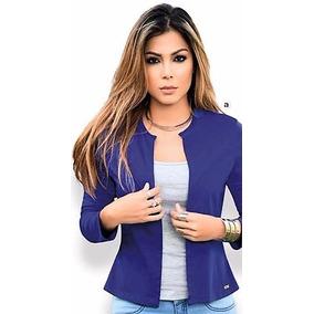 Outfit blazer azul rey mujer