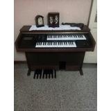 Piano Antiguo Yamaha
