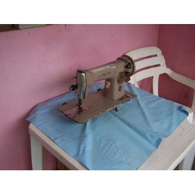 Antiga Máquina De Costura Singer.
