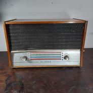 Rádio Zilomag Antigo Madeira Decorativo. No Estado.