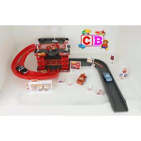 Kit Pista + Elevador Carros 2 Disney Mcqueen Fricção 29 Pçs