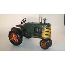Tractor Verde Estilo Antiguo -decoracion-