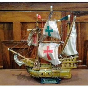 barco de madera santa mara