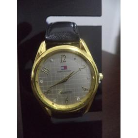 Relógio Feminino Coroa Dourada E Visor Claro Strass
